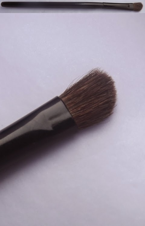 Pincel do Professional Shadow Pallete 4 Nude Colors Catharine Hill